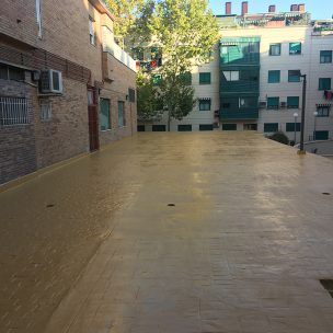 Impermeabilización con poliurea en patio comunitario 15