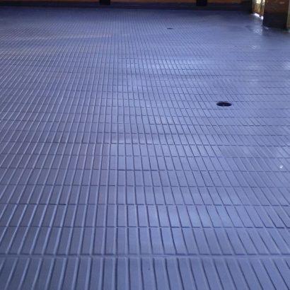 Impermeabilizacion de poliurea en patio comunitario en Guadalajara