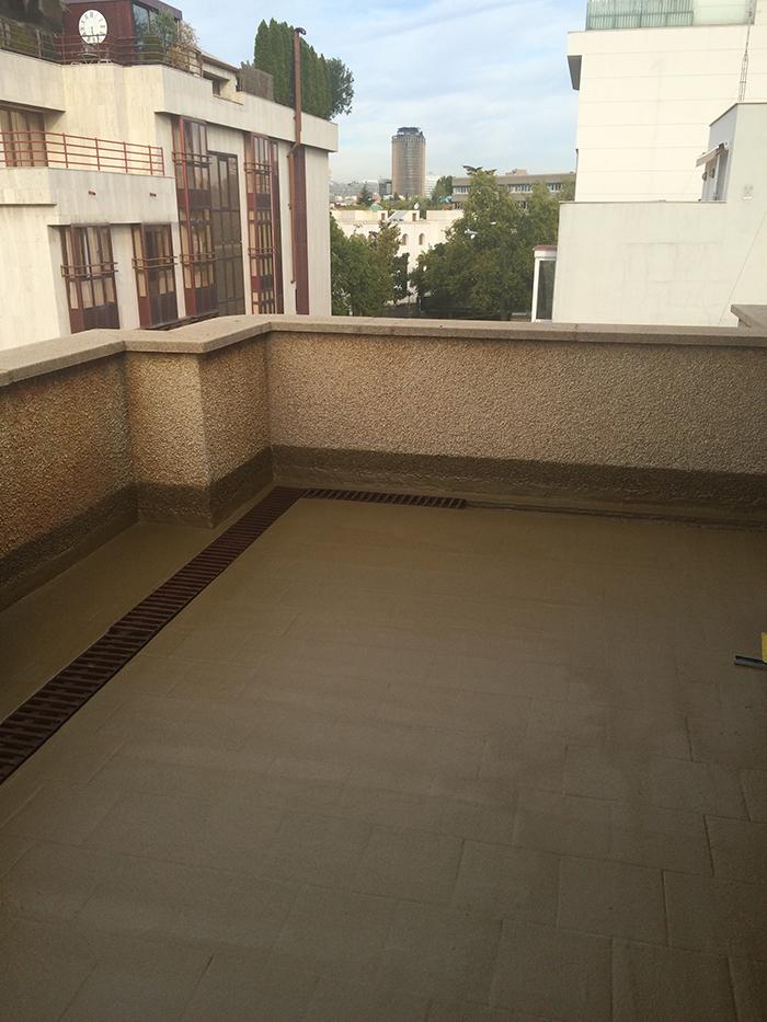 Impermeabilizaci n de terraza tico con poliurea y - Cesped artificial terraza ...
