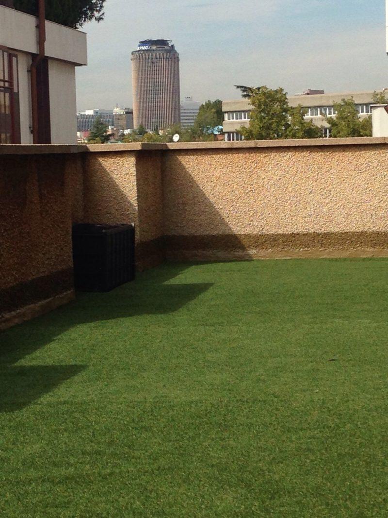 Impermeabilizaci n de terraza tico con poliurea y - Cesped artificial para terrazas ...