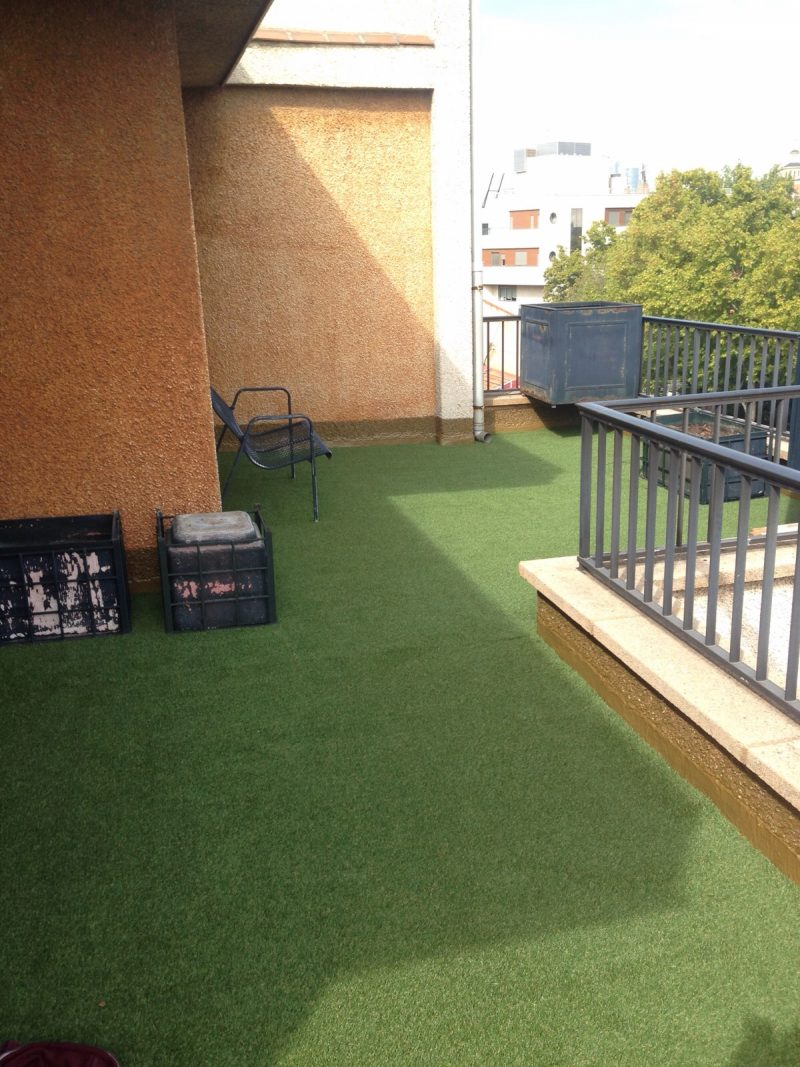 Terrazas con cesped artificial good de terraza con poliurea y cesped artificial with terrazas - Terrazas con cesped artificial ...