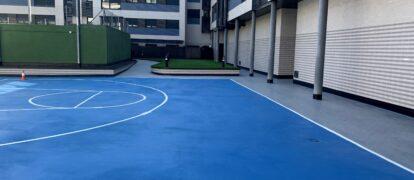 Rehabilitación e Impermeabilización con Poliurea de Patios, Jardineras y Pista Deportiva en CP de Pinto, Madrid
